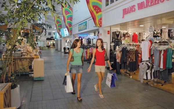 Maui shopping centers